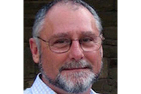 Dr Gavin Ellis