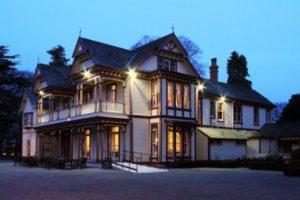 Riccarton House