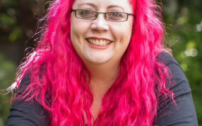Conference M.C. Siouxsie Wiles – microbiologist and science communicator